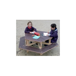 Table banc hexagonale 6 places en essence pin nord rouge Finlande