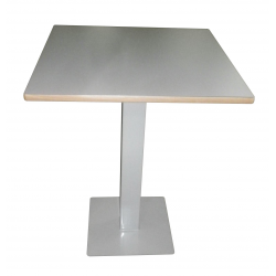 Tables piètement central carré - 60 x 60 cm