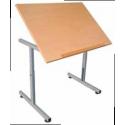 Tables pour personne à mobilité réduite